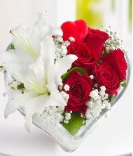 1 kazablanka 5 kırmızı gül kalpte  Ankara Anadolu internetten çiçek siparişi