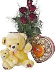 Ankara Anadolu anneler günü çiçek yolla  7 gül oyuncak çikolata