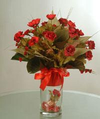 yapay güllerden vazo  9 gül  Ankara Anadolu uluslararası çiçek gönderme