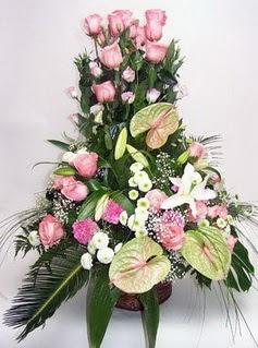 Ankara Anadolu ucuz çiçek gönder  özel üstü süper aranjman