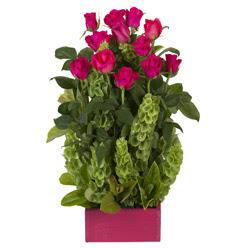 12 adet kirmizi gül aranjmani  Ankara Anadolu çiçek mağazası , çiçekçi adresleri