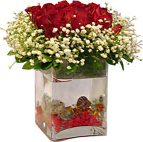 Ankara Anadolu çiçekçi mağazası  9 adet kirmizi gül ve cam yada mika tanzim