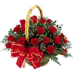 Ankara Anadolu çiçek siparişi vermek  11 adet kirmizi essiz gül sepeti - SEVENE ÖZEL