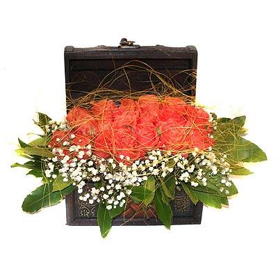 Ankara Anadolu internetten çiçek siparişi  13 adet sepet içerisinde gül