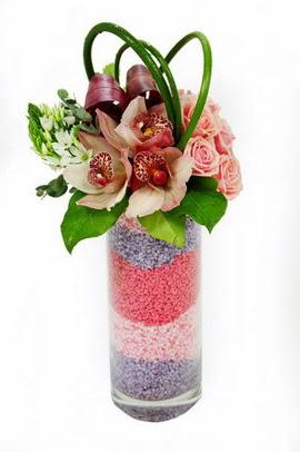 Ankara Anadolu internetten çiçek satışı  3 kandil orkide 7 adet gül cam yada mika vazoda