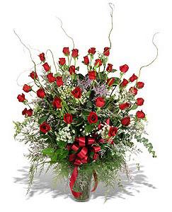 Ankara Anadolu çiçek siparişi sitesi  33 adet kirmizi gül vazo içerisinde