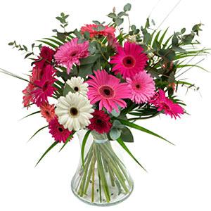 15 adet gerbera ve vazo çiçek tanzimi  Ankara Anadolu online çiçek gönderme sipariş