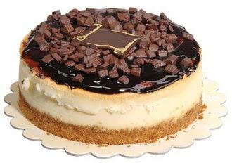 pasta yolla 4 ile 6 kisilik çikolatali yas pasta  Ankara Anadolu online çiçek gönderme sipariş