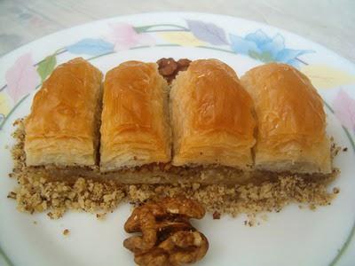 online pastane Essiz lezzette 1 kilo cevizli baklava  Ankara Anadolu cicek , cicekci