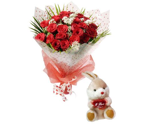 10 adet kirmizi gül ve hediye pelus oyuncak  Ankara Anadolu uluslararası çiçek gönderme