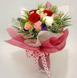 Karisik renklerde 11 adet gül buketi  Ankara Anadolu çiçek gönderme