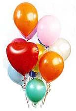 19 adet farkli renklerde uçan balon buketi
