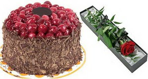 1 adet yas pasta ve 1 adet kutu gül  Ankara Anadolu uluslararası çiçek gönderme