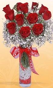 10 adet kirmizi gülden vazo tanzimi  Ankara Anadolu çiçek siparişi sitesi
