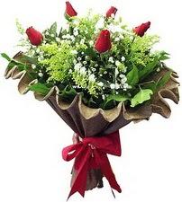 Ankara Anadolu online çiçek gönderme sipariş  5 adet kirmizi gül buketi demeti