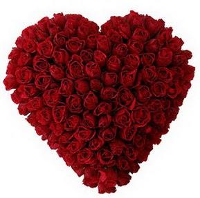 Ankara Anadolu çiçekçi mağazası  muhteşem kırmızı güllerden kalp çiçeği