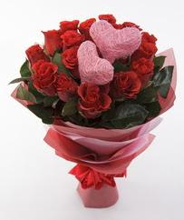 12 adet kırmızı gül ve 2 adet kalp çubuk  Ankara Anadolu 14 şubat sevgililer günü çiçek