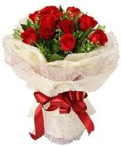 12 adet kırmızı gül buketi  Ankara Anadolu anneler günü çiçek yolla