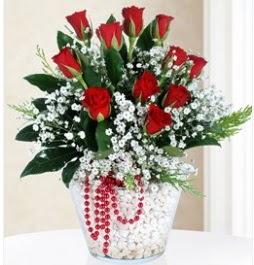 9 adet kırmızı gül cam içerisinde  Ankara Anadolu çiçek servisi , çiçekçi adresleri