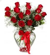 11 adet kırmızı gül cam kalpte  Ankara Anadolu online çiçek gönderme sipariş