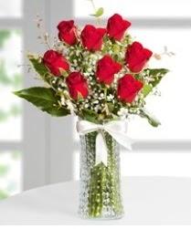 7 Adet vazoda kırmızı gül sevgiliye özel  Ankara Anadolu çiçek siparişi sitesi