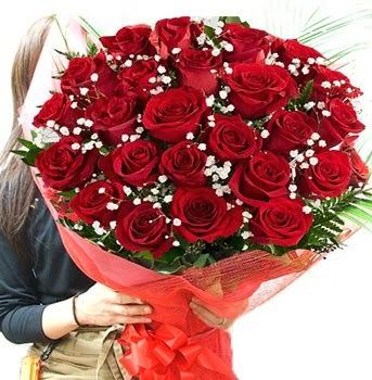 Kız isteme çiçeği buketi 33 adet kırmızı gül  Ankara Anadolu çiçek gönderme sitemiz güvenlidir