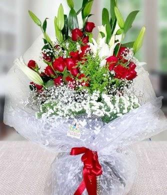 Kız isteme buketi lilyum gül  Ankara Anadolu çiçek gönderme