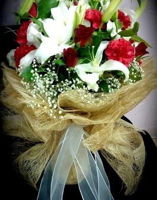 Kız isteme buketi 11 gül 3 dal kazablanka  Ankara Anadolu çiçekçi telefonları