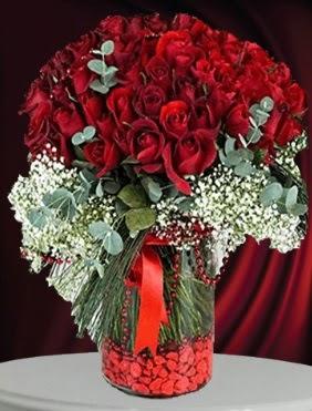 Cam vazoda 51 adet gül söz nişan çiçeği  Ankara Anadolu çiçek gönderme