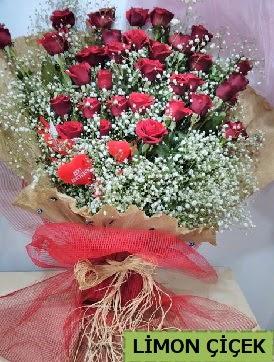 Kız isteme çiçeği buketi 33 kırmızı gülden  Ankara Anadolu internetten çiçek satışı