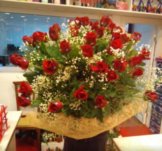 Kız isteme çiçeği buketi 33 gülden  Ankara Anadolu çiçek gönderme