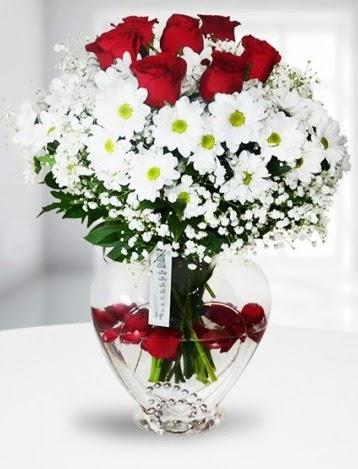 Kalp camda 7 gül kır çiçeği süper görsellik  Ankara Anadolu çiçek yolla