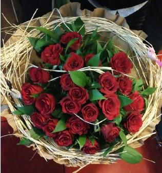 Kuş yuvalı kız isteme buketi 21 adet gül  Ankara Anadolu internetten çiçek siparişi