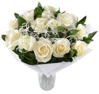 15 beyaz gül buketi sade aşk  Ankara Anadolu çiçek satışı
