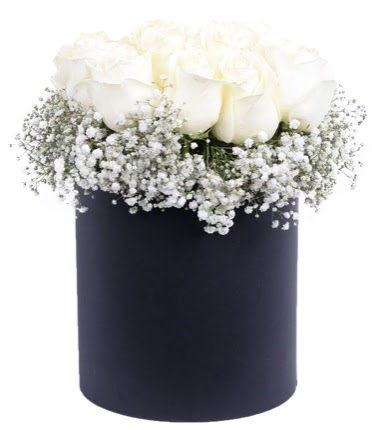 Özel kutuda özel 15 beyaz gül aranjmanı  Ankara Anadolu çiçekçi telefonları