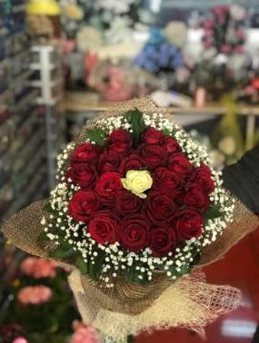 21 adet gül söz nişan çiçeği  Ankara Anadolu çiçek gönderme sitemiz güvenlidir